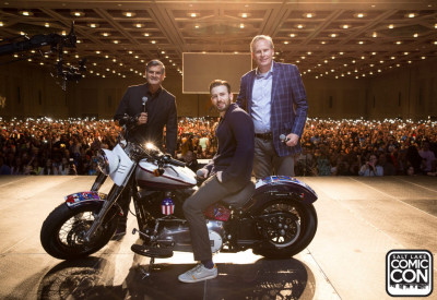 Chris Evans with Salt Lake Comic Con creators Bryan Brandenburg and Dan Farr and the Captain America Harley Davidson.  Photo Copyright Salt Lake City Comic Con.